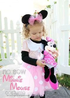 DIY No Sew Minnie Mouse Costume
