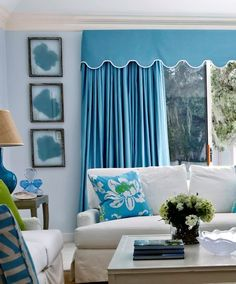 House of Turquoise: Phoebe Howard There is something soo Golden Girl about this is it the window treatments? Coastal Living Rooms, Living Room Decor, Cabana, Deco Marine, Blue Rooms, Beautiful Interiors, Colorful Interiors, Decoration, Feng Shui