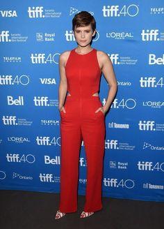 Com o burburinho da Semana de Moda de Nova York, que ninguém prestou muita atenção nos looks do Toronto Film Festival (TIFF), né? O evento é um dos mais importantes da indústria cinematógráfica, serve como termômetro para o Oscar e recebe várias celebridades no seu tapete vermelho! Reuni os principais looks – alguns maravilhosos, outros …