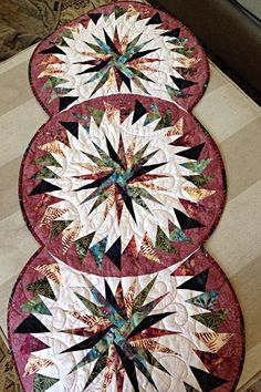 Seasonal Table Runner, Quiltworx.com, Made by Laurie Alouf.