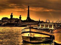 Eiffel Tower Pictures, Photos, Images, Eiffel Tower Black and White Pictures Quai Paris, Paris 3, Oh The Places You'll Go, Places To Travel, Places To Visit, Lausanne, Corsica, Tour Eiffel, Paris Travel