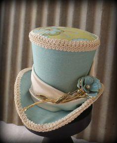 Sea Glass Blue Mini Top Hat, Alice in Wonderland, Mad Hatter Hat, Renaissance, Vintage brooch, Steampunk, Tea Party Hat, Bridal Shower