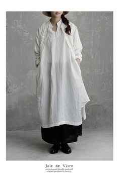 92c99a2193ed9  送料無料 JoiedeVivreベルギーリネンワッシャースキッパーロングワンピース. Sara Natwick · clothing · tunic  with pockets Blusen Tops