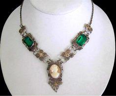 1900's Green Czech Glass Venetian Cameo Silver Filigree Festoon Necklace