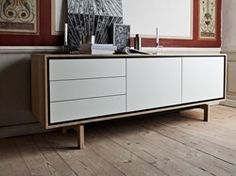 FLOOW takes its name from its 'floating' frame which gives the sideboard a lighter look. The quality is first class and the design is modern, while remaining classic. Good quality never goes out of fashion.