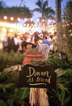 wedding dinner signage | 100 Layer Cake