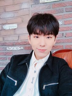 "[#Kihyun] Did you listen to Hero!? How is it!?"" translated by fymonsta-x ϟ take out with full credit. """