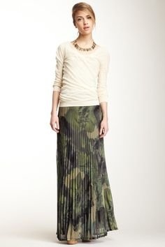 Camouflage Floral Pleat Maxi Skirt.