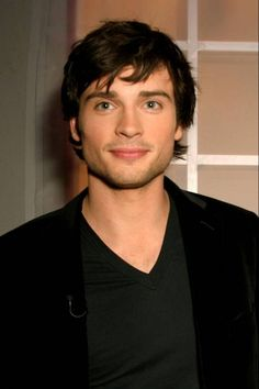 Tom Welling - reminds me of my brother. He's hot too