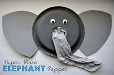 Paper Plate Elephant Puppet Craft from I Heart Crafty Things. Kids put their arm in the sock to make the elephant trunk. Puppet Crafts, Vbs Crafts, Preschool Crafts, Fall Crafts, Paper Plate Crafts, Paper Plates, Afrika Festival, Elefante Dumbo, Paper Plate Animals