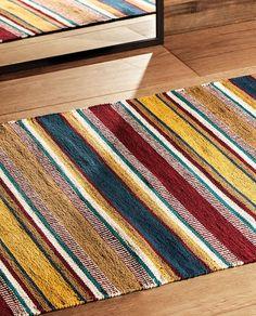 Zara Home Danmark Zara Home Brasil, Ethnic Home Decor, Rainbow Crafts, Striped Rug, Rugs In Living Room, Color Inspiration, Damask, Knitting Patterns, Weaving