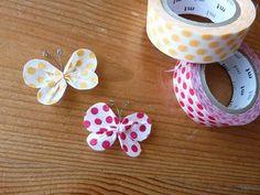154.マスキングテープでちょうちょができました | 簡単手作りカード Chocolate Card Factory Tape Crafts, Crafts To Make, Crafts For Kids, Diy Crafts, Washi Tape Cards, Washi Tape Diy, Diy Flowers, Paper Flowers, Bff Birthday Gift