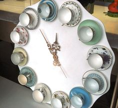 часы с чашками своими руками