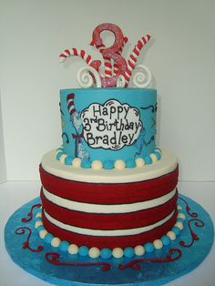 cat in the hat cake by Let There Be Cake, via Flickr