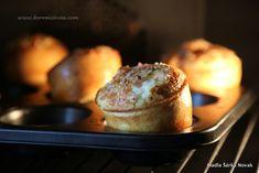 muffiny naskočí krásně do výšky a do objemu během pár minut v troubě Breakfast, Recipes, Food, Morning Coffee, Essen, Meals, Ripped Recipes, Yemek, Eten