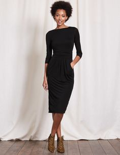 Ruched Waist Dress. I love everything about this, and, pockets!