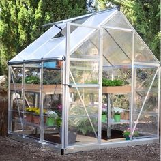 The Palram x Nature Hybrid Silver Greenhouse is the ideal merger of usability with a smart and clean design. The hybrid polycarbonate greenhouse helps to maintain ideal temperature levels and provides a well-balanced sunlight exposure. Serre Polycarbonate, Polycarbonate Greenhouse, Tunnel Greenhouse, Lean To Greenhouse, Greenhouse Growing, Greenhouse Gardening, Outdoor Buildings, Garden Buildings, Commercial Greenhouse