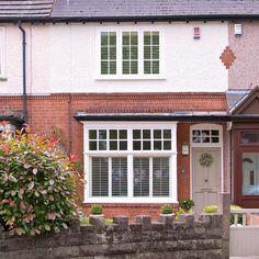Perfect windows and door 1930s House Exterior Uk, Terrace House Exterior, 1920s House, Edwardian House, Victorian Homes, Vintage Homes, House Windows, Windows And Doors, Front Doors