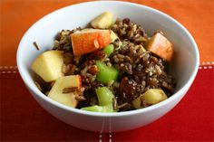 Apple Wild Rice Salad  http://www.closetcooking.com/search/label/Salad?updated-max=2009-08-05T18:47:00-04:00=20=60=false