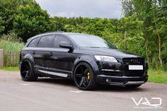 Audi Blacked out Audi Q7 Black, Suv 4x4, Audi Rs6, Car Mods, Expedition Vehicle, Car Shop, Bmw Cars, Ford Trucks, Audi Quattro
