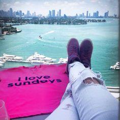 #ilovesundays #miami #peaceloveworld #miamibeach