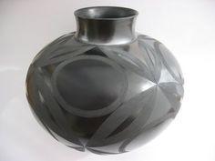 Africa | Ian Garrett. South Africa | Ukhamba, hand built, burnished and saggar-fired. terracotta/earthenware.