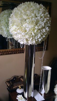 1000 Images About Kissing Ball Centerpiece On Pinterest Kissing Ball Centerpieces And