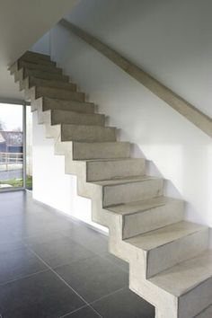 Stairs with Modern and Security Solutions in Stairwells and Balconies . Entryway Stairs, Basement Stairs, House Stairs, Concrete Staircase, Barn Renovation, Modern Stairs, London House, Interior Stairs, Simple House