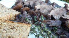 Gombás, vörösboros vadkacsamell Bread, Food, Brot, Essen, Baking, Meals, Breads, Buns, Yemek