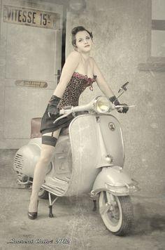 Girls and Bikes [pics] - Page 1086 - ADVrider