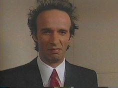 Immagine 87895 per il film Johnny Stecchino: Roberto Benigni è Johnny Stecchino. Le migliori immagini scaricabili in alta risoluzione o navigabili direttamente sul sito