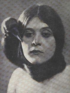 Theda Bara,1917.
