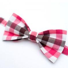 Pink Gingham Bow Tie #tie #style #gutavbowties #desado.com