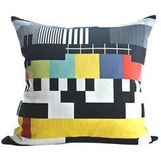 Retro TV test pattern scatter cushion | via Design Kist