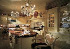 Victorian Kitchen Design in the Victorian Era: CLASSIC Victorian Kitchen.love the lights Kitchen Mantle, Kitchen In, Kitchen Decor, Kitchen Walls, Happy Kitchen, Rustic Kitchen, Victorian Furniture, Victorian Decor, Victorian Homes