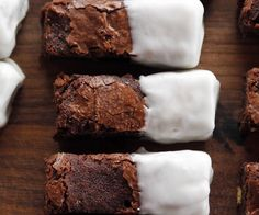 The Pioneer Woman: Recipes: Black and White Brownies | Food Network Asia