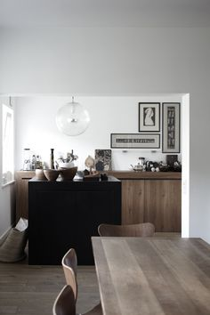 my scandinavian home: Beautiful monochrome and wood spaces by Janne Peters Kitchen Interior, Interior, Home, Interior Architecture Design, Interior Spaces, House Styles, House Interior, Home Kitchens, Home And Living