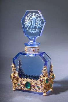 Hoffman perfume bottle in blue crystal circa 1920's. #antique #vintage #scent