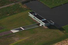 Villa Kogelhof in Noord-Beveland in the Netherlands. Designed by Paul de Ruiter Architects //