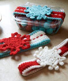 Snowflake Sweet Treat Wrapper - Free Crochet Pattern