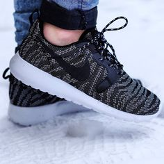Nike wmns Roshe Run Hyp Premium