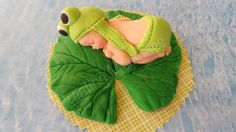 BABY FROG Edible Cake decorations for BABY boy or girl, baby shower. birthday, Christening, Cake Decorations