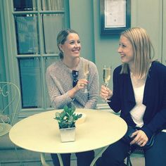 Cheers dear sister - welcome to the town!#london #charlottestreethotel #bubbles #perjantaiskumppa #fitzrovia #sisterhood