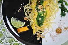 Spaghetti mit Kürbis, Walnüssen und Blattspinat Pasta, Bbq, Cooking Recipes, Ethnic Recipes, Kitchen, Food, Al Dente, Chef Recipes, Food Food