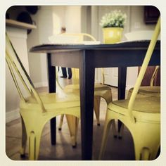 Great photo of our Roxie chairs in action! Thanks for sharing @homestarstaging.