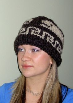 Need a warm hat for winter - this is it! Toque Hat COWICHAN Killer Whale Canadian wool by raincoaststudio