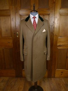 Cordings Piccadilly Fawn Venetian Twill Covert Coat w/ velvet collar