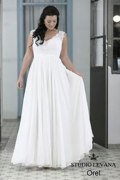 Plus size simple chiffone wedding gown