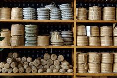 Collections puerh <span class='translation'>(Pu Er tea)</span> stored seen their aging