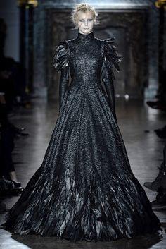 .Moda de Subculturas - Moda e Cultura Alternativa.: Gareth Pugh: Inverno numa Floresta Sombria